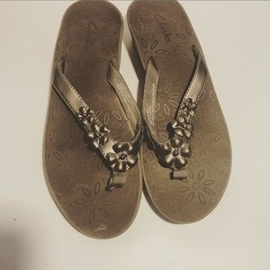 Clarks Sandals brown Size 8 with flowers